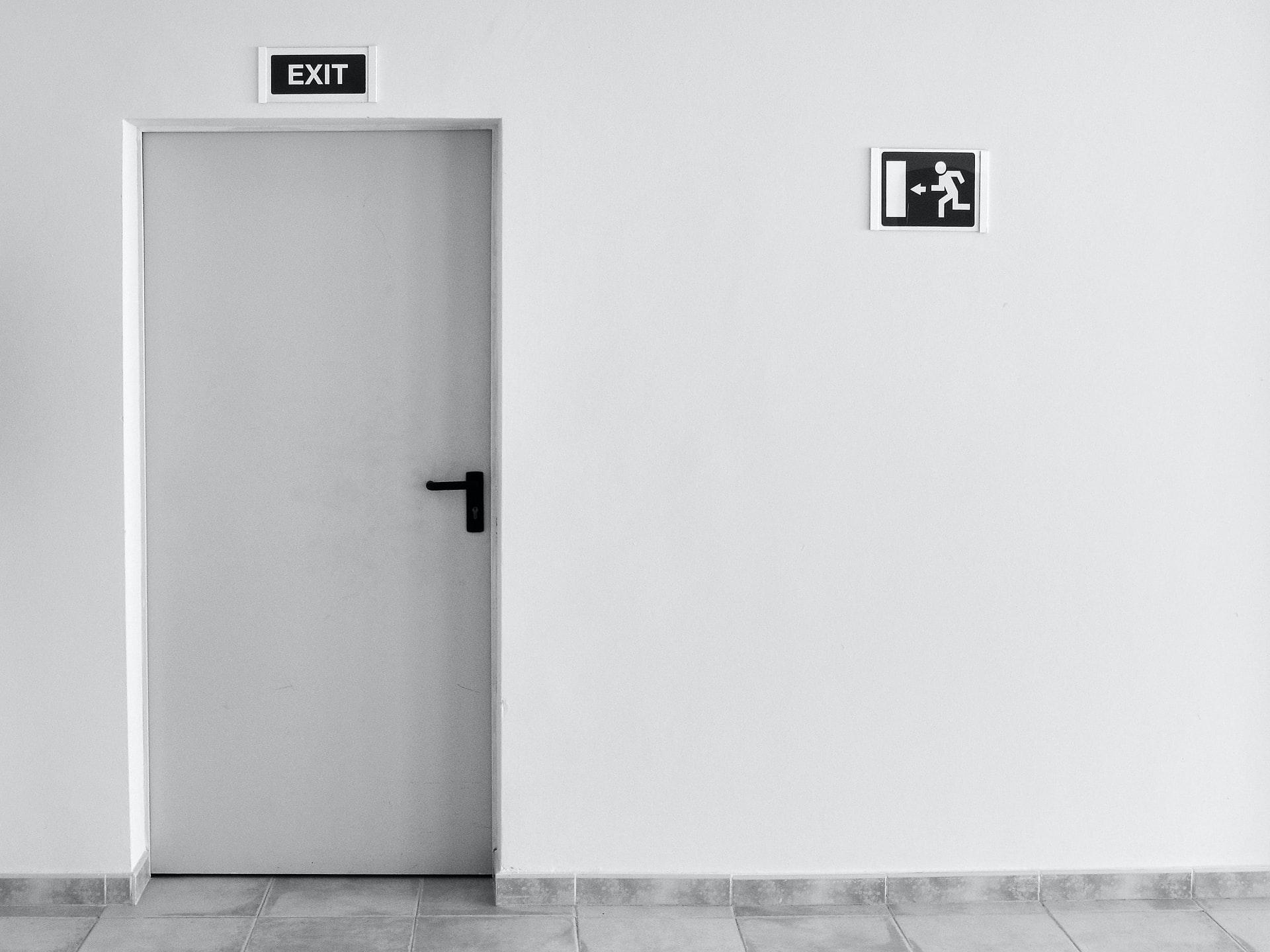zwart deurbeskag