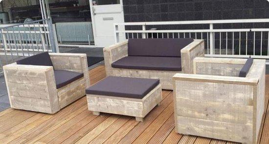 Photo of Verrijk je tuin met een prachtige houten loungeset